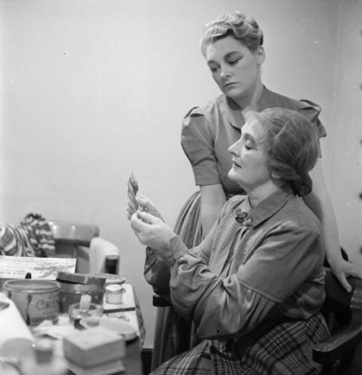 Old_Vic_SYBIL MAKE-UP   1941